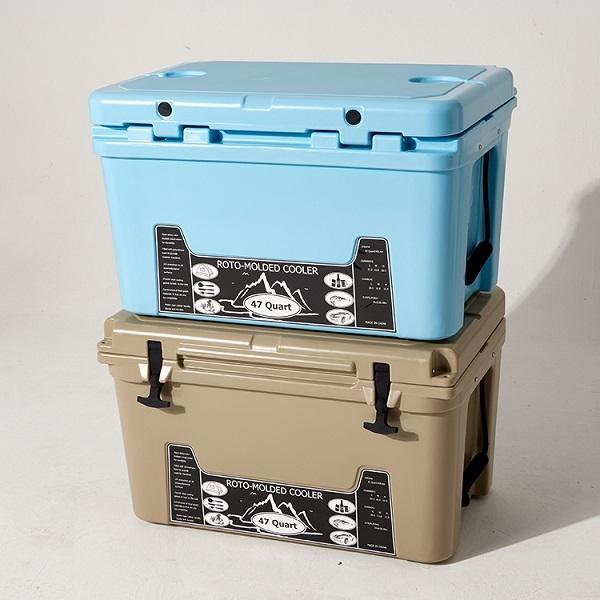 45L滚塑冷链箱